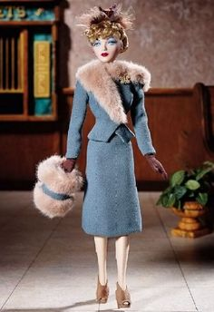 Gene Marshall: First Stop, Chicago - Ashton-Drake, designed by Lynne Day after 1941 fashion. Barbie Bridal, Vintage Barbie Dolls, Little Doll, Barbie Friends, Barbie World, Looks Vintage, Barbie And Ken, Barbie Clothes, Beautiful Dolls