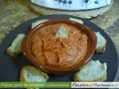Pate de pimiento y berenjena con Thermomix Salsa Carbonara, Tapas, Food N, Chana Masala, Thai Red Curry, Ethnic Recipes, Desserts, Sauces, Yummy Food