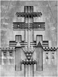LIVERPOOL - WILLIAM MITCHELL - DETAIL RELIEF SCULPTURE ON BELL TOWER - - Google Search Historical Architecture, Architecture Details, Interior Architecture, Art Concret, Concrete Art, Monuments, Liverpool, Brick And Stone, Relief