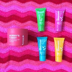 MUMMY'S TUMMY + OB DESIGNS RIPPLE BLANKET (BLUE) + LITTLE INNOSCENTS TRAVEL PACK  from 149.00 Give something both mum and bub will enjoy!  For mum – Skin Juice Mummy's Tummy Stretch Mark Cream  Made with organic rosehip, mandarin, Australian Kakadu plum, and organic shea butter, this indulgent cream helps nourish and protect stretching skin. Massage this buttery goodness into the skin for prevention of stretch marks and for some bonding time with baby while inside the tummy.