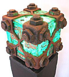 E-waste art sculpture made in 2010 by dutch recycle artist Peter Schudde