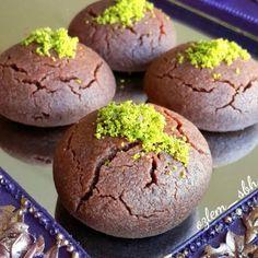 Brownie tadında bir kurabiye tarifi, çok fazla yapıldı ama bir de bu tarifi denemelisiniz. Tam kıvamında tutan yerken iyi ki denemişiz dedirten Islak Kurabiye