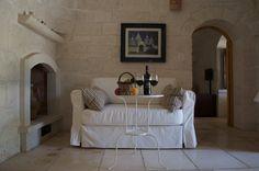 Trullo Pietra  www.trullosantangelo.it/en-tariffe-trullo-pietra.html