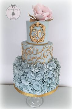 anniversary wedding cake tradition 35th anniversary cupcakes traditional and modern coral 10788