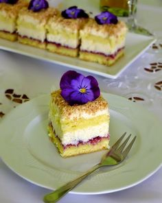 "Пляцок ""Лебединий пух"" Cake Ingredients, Ukrainian Desserts, Cake Recept, Star Cakes, Big Cakes, Cake Business, Homemade Taco Seasoning, How To Grill Steak, Food Cakes"
