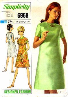 Simplicity 6968 collarless princess line dress  size 12 (1967)