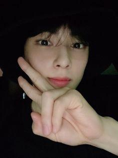 Cha Eun Woo, Cha Eunwoo Astro, Lee Dong Min, K Wallpaper, Lee Soo, Idole, Kdrama Actors, Kpop, Cute Korean