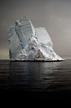 Stranded Iceberg I, Cape Bird, Antartica 2006 -- Camille Seaman All Nature, Amazing Nature, Science Nature, Land Art, Beautiful World, Beautiful Places, Natural Wonders, Land Scape, The Great Outdoors