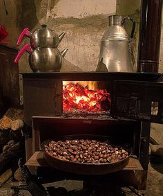 "Turkey_Pics on Twitter: ""Delicious #kestane (Chestnut) @ Büyükköy Çaycılar #Rize #Turkey Yüksel Aslan https://t.co/MG0qkF25LR"""