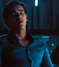 Brenton Thwaites as Dick Grayson in Titans Brandon Thwaites, Sterek, Titans Tv Series, Richard Grayson, Batman Family, Jason Todd, Young Justice, Nightwing, Face Claims