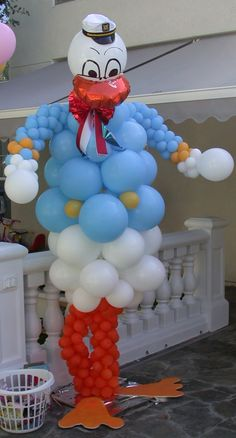 Donald Duck Balloon Party