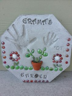 Mother's day gift ~ stepping stone with hand print flowers