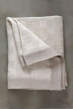 Superior quality, natural fibre throws & bed covers for everyday use. Lattice Weave Throw, woven from pure cotton with a linen border, at the Mungo Mill. Cotton Throws, Cotton Linen, Lace Weave, Bed Throws, Bed Covers, Tatting, Interior Decorating, Weaving, Textiles