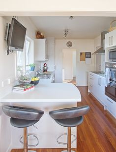 The pros and cons of a kitset kitchen - Homes To Love