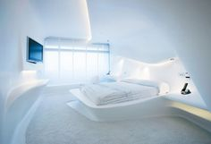 The Hotel Puerta America offers exclusive and avant-garde design, by world-famous architects including Norman Foster, Jean Nouvel and Zaha Hadid. Futuristic Bedroom, Futuristic Interior, Futuristic Furniture, Zaha Hadid Design, Design Hotel, Hotel Puerta America Madrid, Estilo High Tech, Zaha Hadid Architektur, Zaha Hadid Interior