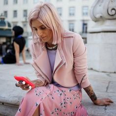 Rosa frio, rosa pálido, rosa claro - Moda de Rua (Streetstyle)