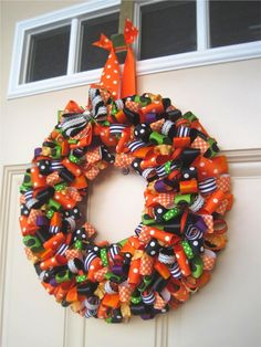 Love, Love, Love these! www.theribbonretreat.com/blog/ribbon-wreath
