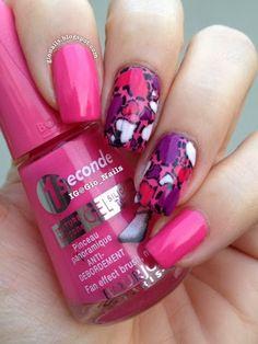 GioNails: Valentine's Mani with Rose Cupcake - Bourjois