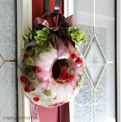 Arctic {Ice} Wreath - MUST do this Christmas since I'll never have the chance to again. (from SaltTree) Scandinavian Christmas Decorations, Outdoor Christmas Decorations, Ice Crafts, Diy And Crafts, All Things Christmas, Christmas Holidays, Christmas Ideas, Merry Christmas, Happy Holidays