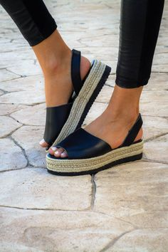 Women PU Creepers Sandals Casual Back Strap Peep Toe Shoes Low Heel Sandals, Low Heel Shoes, Greek Sandals, Low Heels, Black Sandals, Leather Sandals, Espadrilles Outfit, Black Espadrilles, Zapatos Peep Toe
