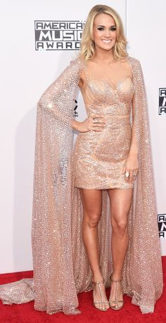 nice Carrie Underwood from 2015 American Music Awards: Red Carpet Arrivals 70s Fashion, Couture Fashion, Fashion Models, Pretty Dresses, Sexy Dresses, Fashion Dresses, Carrie Underwood, Celebrity Dresses, Celebrity Style