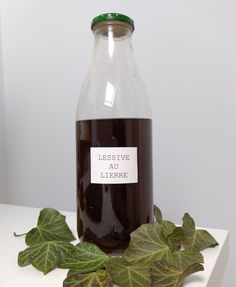 zero-dechet-facile-lessive-au-lierre Natural Life, Zero Waste, Better Life, Woodworking Projects, Cleaning, Homemade, Wine, Bottle, Green