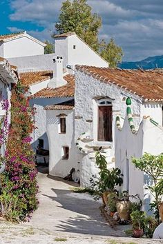 House in Malaga - Andalucia (Spain) Love love love.House in Malaga - Andalucia (Spain) Places Around The World, Oh The Places You'll Go, Travel Around The World, Places To Travel, Places To Visit, Around The Worlds, Beautiful World, Beautiful Places, Andalucia Spain