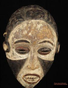 primative masks | Mask - Kongo - Angola - Art-africain.net - art from Africa and ...
