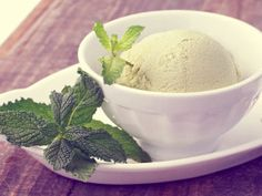 Vanilla Mint Variegated Ice Cream