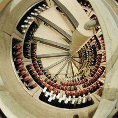 Trapdoor in the Kitchen Floor: Spiral Wine Cellars -  :OMG......!!!!!!!!!!!!!!!