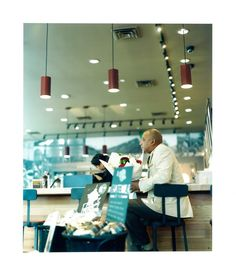 Orie Ichihashi Starbucks