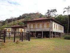 Fazenda colonial no trajeto Paraiso - Bom Jesus do Bagre - Belo Oriente -  Minas Gerais - Pesquisa Google