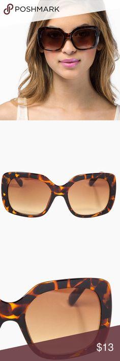"🆕Tortoise shell throwback sunglasses w/ glass bag Plastic frame and lens Imported Color: Black, Tortoise Barrel hinges Measurements (approximate):  Frame width: 6"" Temple length: 5.75"" Lens height: 2"" Lens width: 2.25"" Bridge: 0.5"" Accessories Sunglasses"