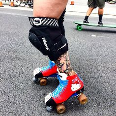 "351 Likes, 18 Comments - Moxi Roller Skate Shop (@moxiskateshop) on Instagram: ""More Moxi Skates spotted at @beachstreetslb Hello Kitty skates are the jam! Enter our contest to…"""