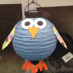 So much fun! Paper Lantern Owl, Paper Lanterns, Harry Potter Owl, Harry Potter Theme, Library Displays, Classroom Displays, Owl Classroom Decor, Classroom Ideas, 2nd Grade Activities