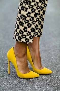 Escarpins jaune moutarde Haut talons