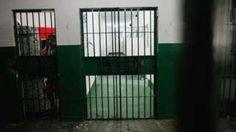 Image copyright                  Getty Images                                                                          Image caption                                      El Centro Penitenciario Anisio Jobim es el más grande del estado de Amazonas.                                Más de 60 presos murieron en un motín en una prisión de Manaos, en el estado de A