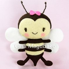 Felt Bee Pattern Digital Tutorial PDF File by CasaMagubako