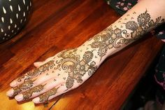 Arabic mehndi design 25