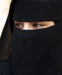 Hijab is my shield❤ Shy is my jewel💕😊 Hijab Niqab, Muslim Hijab, Arab Girls Hijab, Muslim Girls, Beautiful Muslim Women, Beautiful Hijab, Hijabi Girl, Girl Hijab, Hijab Evening Dress