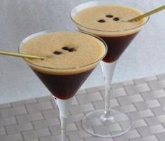 Recipe Espresso Martini by Thermomix in Australia – Recipe of category Drinks Thalia Burgoyne Source by laurenreade Espresso Martini, Expresso Martini Recipe, Best Espresso, Espresso Coffee, Cocktails, Alcoholic Drinks, Martinis, Beverages, Bar Drinks