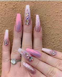 Looking for easy nail art ideas for short nails? Look no further here are are quick and easy nail art ideas for short nails. Acrylic Nails Natural, Best Acrylic Nails, Acrylic Nail Designs, Nail Art Designs, Sparkle Nail Designs, Fancy Nails Designs, Silver Nail Designs, Acrylic Art, Perfect Nails