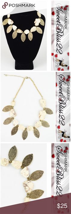 🌸Gold Leaf Statement Necklace🌸 It was love at first site! I am in love with this leaf and white stone necklace!                              ⭐️100% zinc alloy, lobster clasp closure              ⭐️Chain length up to 21 inches Accessories