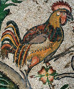 Türkiye- Kahramanmaraş Müzesi'nde İnsan, hayvan ve bitki figürlerinin çok gerçekçi şekilde resmedildiği mozaikler arasında bulunan 'horoz' figürünün ise günümüzde bilinen mozaikler arasında karşılaşılmamış, benzersiz bir yapıya sahip olduğu belirtiliyor.