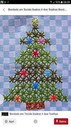 Resultado de imagem para bordado xadrez de natal