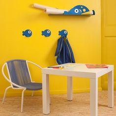 Étagère poisson bleu. Tôle découpée, pliée. Peinture époxy, finition brillante
