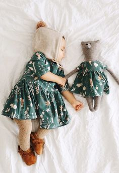 Matching Toy Bear and Baby/Toddler Dress in Wildflower Print Little Girl Fashion, Toddler Fashion, Kids Fashion, Latest Fashion, Cute Kids, Cute Babies, Baby Kids, Baby Boy, Vestidos Bebe Crochet