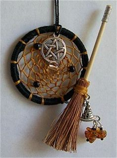 Recycle Reuse Renew Mother Earth Projects: How to Make a Dream Catcher