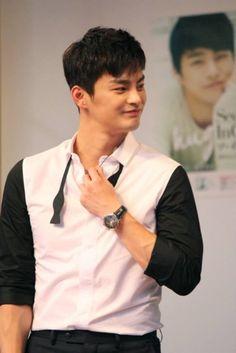 서인국 Seo In Guk [June 8, 2014] Hug mini album event in Japan