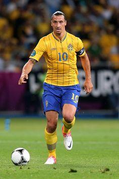 Zlatan Ibrahimovic training - http://epicsoccertraining78.tumblr.com/123810190929